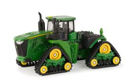 nice 1//64 John Deere 9570RX track tractor with lowboy semi by Ertl New